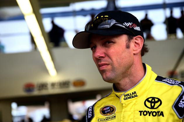 Matt Kenseth Wins Kobalt Tools 400 in Vegas