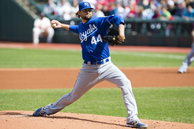 Royals Hammer out 18 Hits in 17-11 Win over Angels
