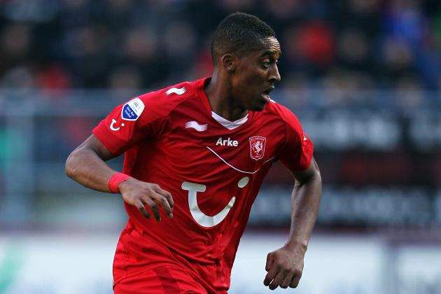 Twente Midfielder Leroy Fer Still on Radar of Premier League Everton