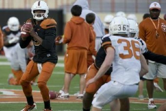Battle for No. 3 QB Spot a Big One for Future of Texas Longhorns