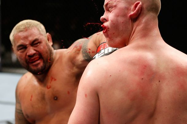 Mark Hunt: 'I Had a Few Discrepancies' over Treatment from UFC