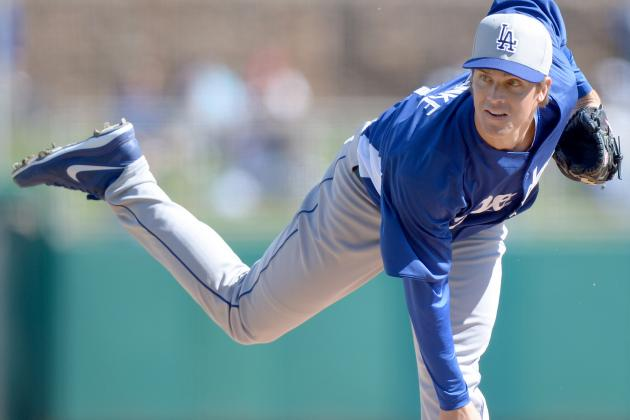 Greinke Diagnosed with Inflamed Elbow, out 2-3 Days