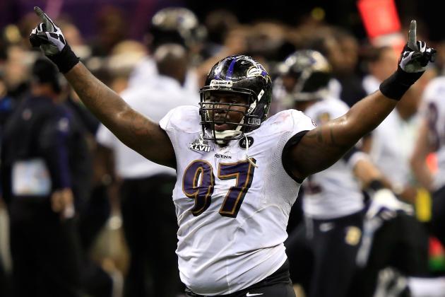 Ravens Give Arthur Jones Second-Round Tender