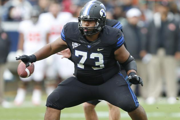 Offensive Linemen Getting Lots of Attention in Spring