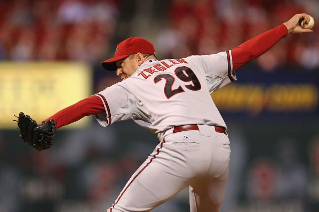 D-Backs Reliever Attempts to Buy Baseball Card, Gets in Testy Spat with Seller