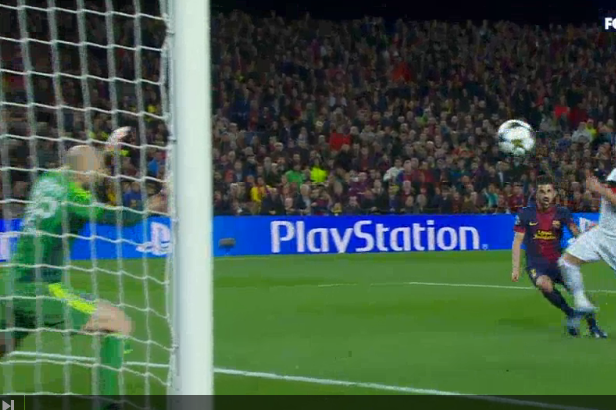 David Villa Strike Gives Barcelona 3-0 Lead