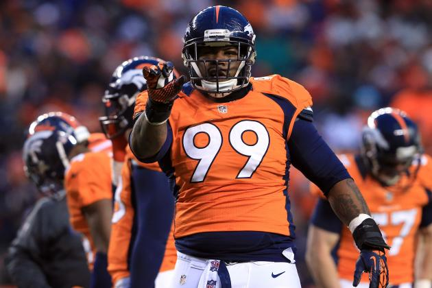 Broncos Re-Sign Kevin Vickerson, Still to Visit Terrance Knighton