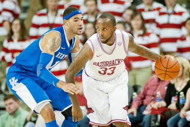 Powell, Young Expect to Lead Arkansas to Postseason Wins