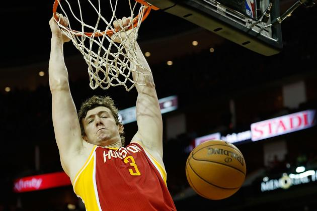 Omer Asik Says He's OK to Play vs. Suns