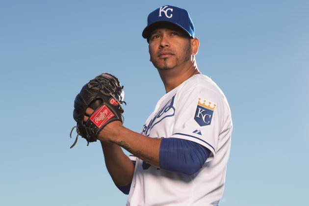 Royals Release Guillermo Moscoso