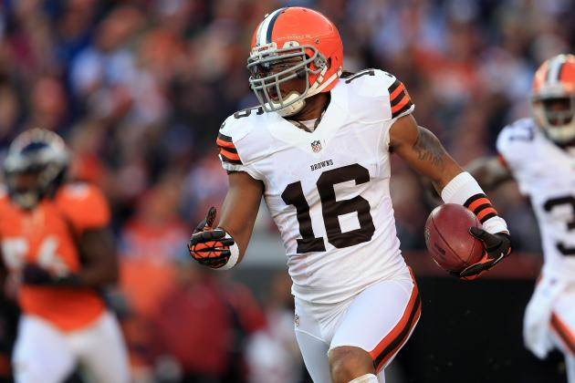 Report: Cards 'Likely' to Sign Josh Cribbs, Agree to Terms with 5 Others