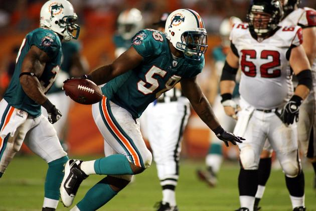 Report: New York Giants Pursuing Former Dolphins LB Karlos Dansby
