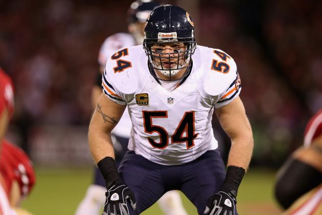 Urlacher Talking with NFC North Rival Vikings