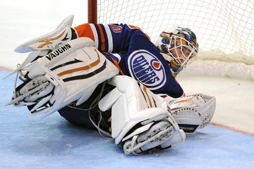 Crowded Crease a Healthy Challenge for Roy