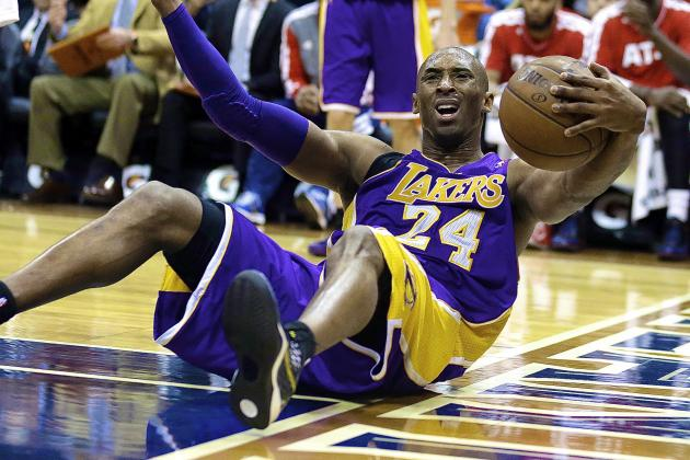 Kobe Bryant Upset with Dahntay Jones, Refs After Ankle Injury
