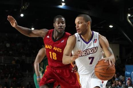 Chris Wright Becomes First NBA Player Ever with Multiple Sclerosis