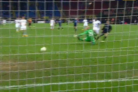Palacio Scores Inters Second Against Tottenham