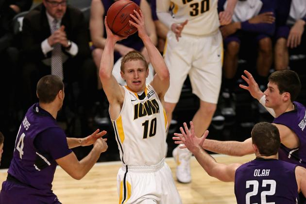 Iowa Stops Northwestern, Advances in B1G Tourney