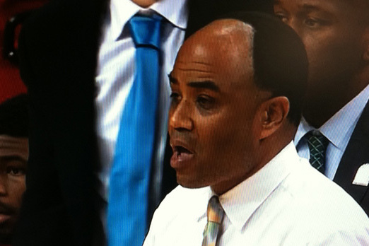 Alan Majors: Charlotte Coach's Hairline Goes Viral (PHOTOS)
