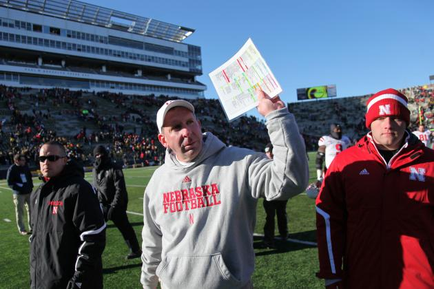 Pelini Says Defense Showing 'Positive Signs'