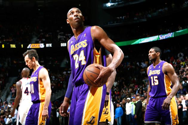 Kobe Bryant Injury: Lakers Star Must Not Rush Back from Sprained Ankle