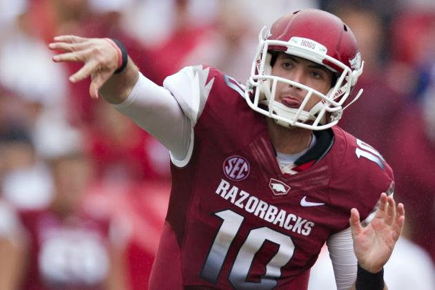 Two 'Ahead of the Curve' in Arkansas' QB Race