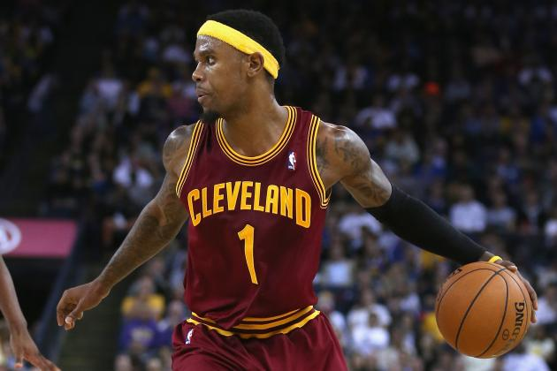Daniel Gibson Rips Dahntay Jones for Being a Dirty Player