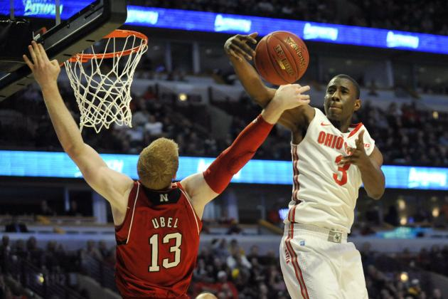 Buckeyes Rout Huskers, Move to Big Ten Semis
