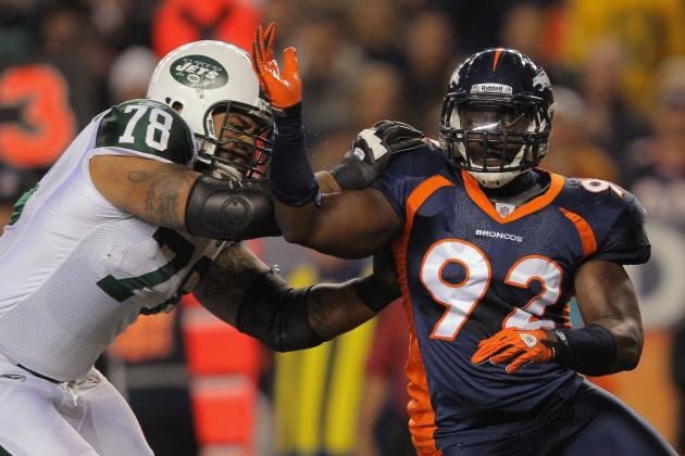 Elvis Dumervil and Agent Part Ways Following Contract Fiasco