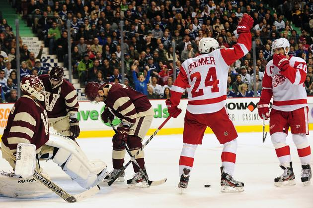 Detroit Red Wings Beat Vancouver Canucks, 5-2