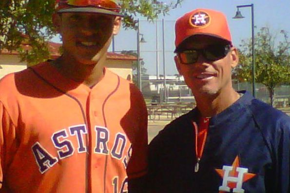 Biggio Takes Time to Tutor Astros Prospects