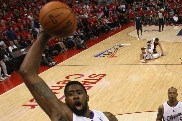 DeAndre Jordan Throws Down the Windmill Jam Against the Knicks (VIDEO)