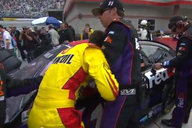 Watch Joey Logano Shove Denny Hamlin's Crew at Today's NASCAR Race