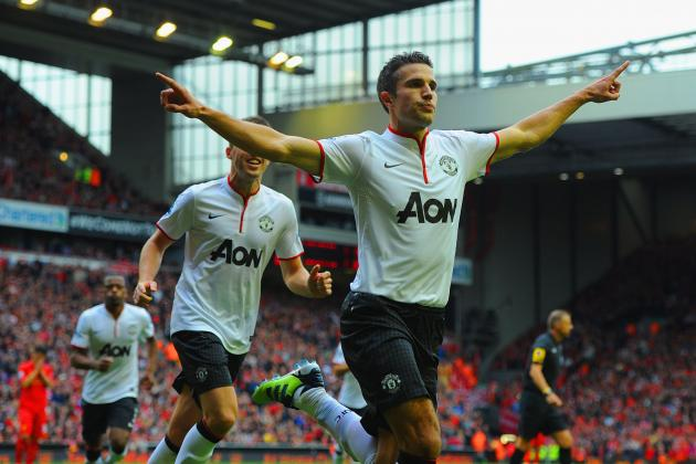 Why Robin van Persie Will Beat Luis Suarez to Win the Golden Boot This Season