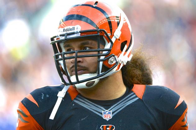 Rey Maualuga Re-Signs with Cincinnati Bengals