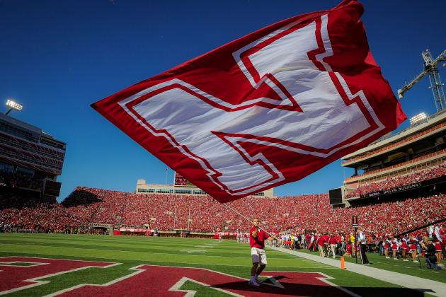 Nebraska and Tennessee Offer Dravon Henry