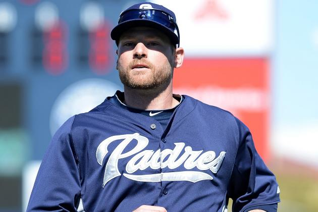 Padres 3B Headley out 1 Month with Fractured Thumb