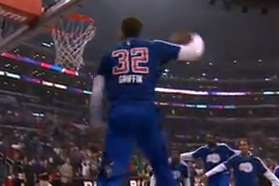Blake Griffin Throws Down Between-the-Legs Windmill Slam