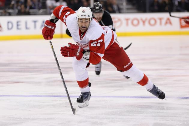 Detroit Red Wings: Kyle Quincey out 4-6 Weeks, Darren Helm Suffers Setback