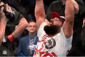 Johny Hendricks 'confident' He Did Not Break His Hand, Wants GSP in the Fall