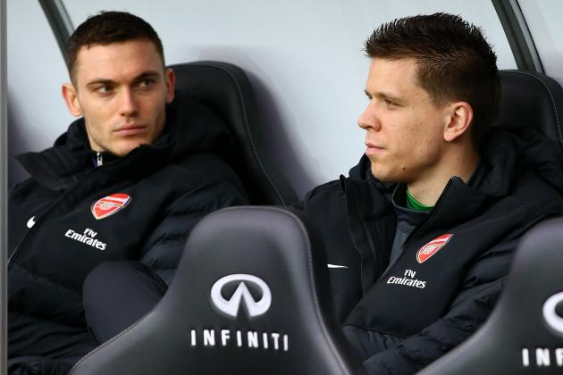 Szczesny's Father Hits out at Wenger's Treatment of His Son