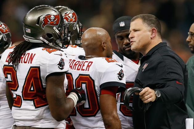 Schiano Wants to Be Closer to His Team