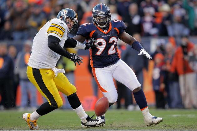 Elvis Dumervil Needs to Swallow Pride and Re-Sign With Denver Broncos