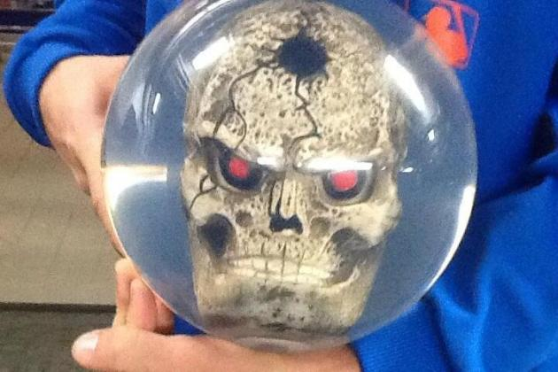 Mets' Shaun Marcum Uses a Special Angry Skull Bowling Ball for Spares