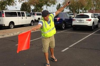 Royals' Shields, Guthrie Show off Their Parking Attendant Skills