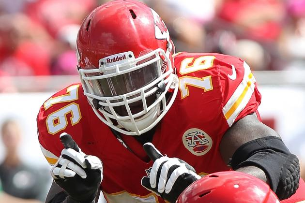 Chiefs' Left Tackle Albert Signs Franchise Tender