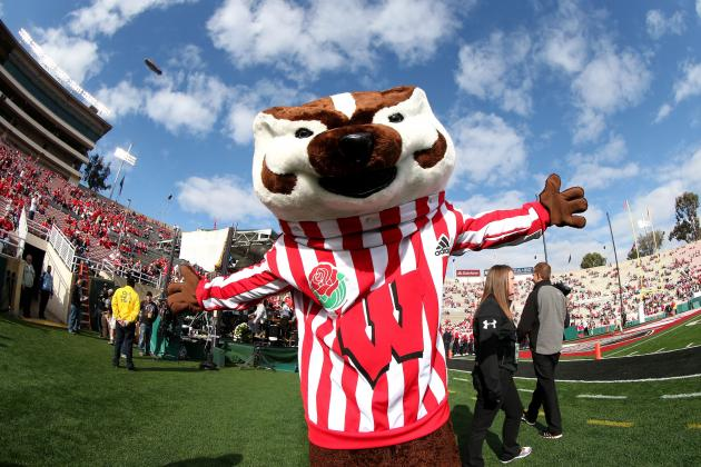 Big Ten Football: Realignment Plan Favors Wisconsin