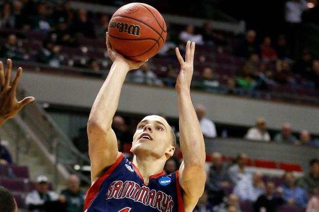 VIDEO: Saint Mary's Beau Levesque Has Woeful Airballs