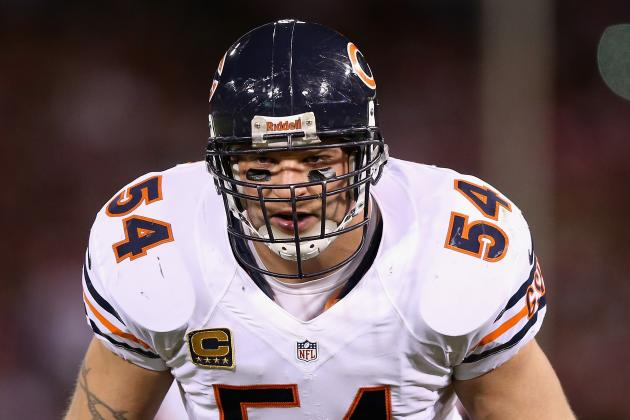 Is Brian Urlacher Worth Colts' Consideration? Don't Count on It