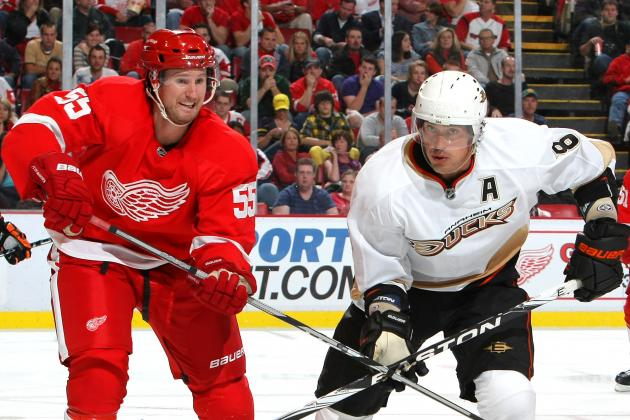 Wings Arrive in Warm Southern California to Face Red-Hot Anaheim Ducks